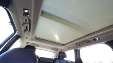 Volvo V90 T8 - roof