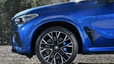 BMW X5 Competition - wheel