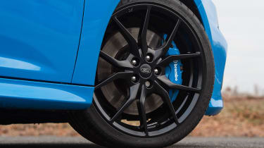 Ford Focus RS Mountune - wheel