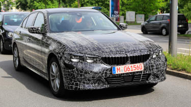 BMW 3 Series spies front quarter