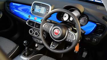 Fiat 500X - Interior above