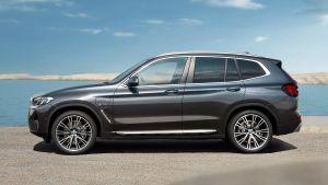 BMW X3 - side static