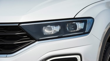 Volkswagen T-Roc - front light detail