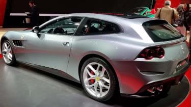 Ferrari GTC4 Lusso T - Paris side