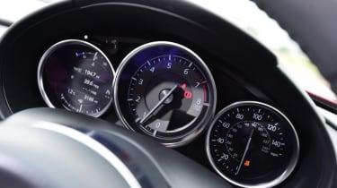 Used Mazda MX-5 - dials