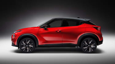 Nissan Juke - side studio
