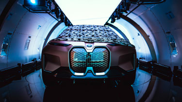 BMW Vision iNEXT concept - plane full front