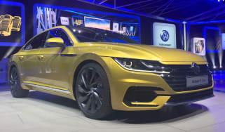 Volkswagen Arteon official - R-Line Geneva front quarter