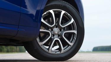 Maserati Levante - wheel