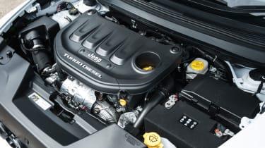 Jeep Cherokee - engine