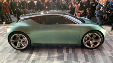 Genesis Mint Concept - New York side