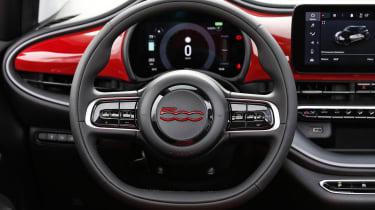 Fiat 500(RED) - interior