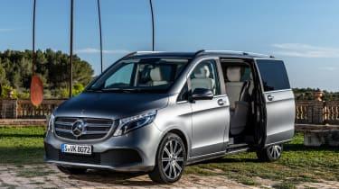 Mercedes V-Class - front static door open