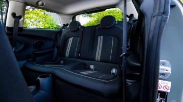 MINI Electric - rear seats