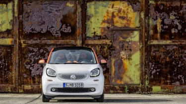 Smart ForTwo - white static