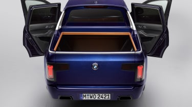 BMW X7 pick-up truck doors