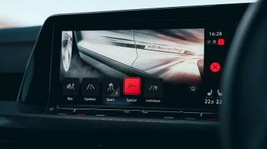 Volkswagen Golf GTI Clubsport 45 - infotainment