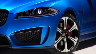 Jaguar XFR-S Sportbrake intake