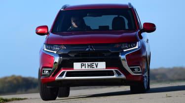 Mitsubishi Outlander PHEV - front