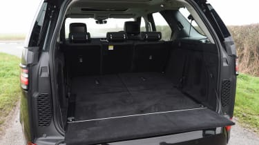 Land Rover Discovery HSE Si6 - boot