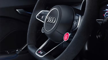 Audi TT RS Coupe - steering wheel