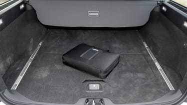 Volvo V70 boot