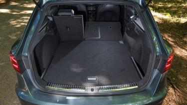 SEAT Leon ST Cupra 300 Carbon Edition - boot