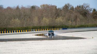 Peugeot 3008 Advanced Grip Control test cornering