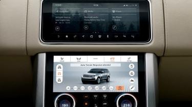 Range Rover SDV8 - infotainment