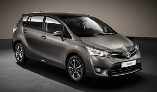 Toyota Verso 2016 - European model front