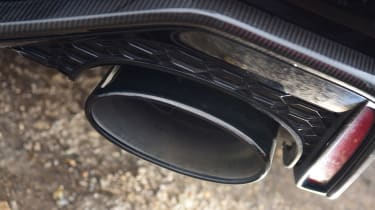 Audi RS 6 - exhaust