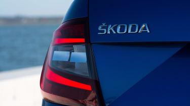 Skoda Octavia 2017 - rear light