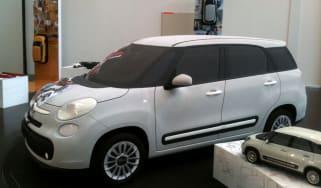 Seven-seat Fiat 500L front three-quarters
