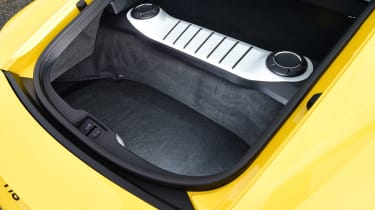 Porsche 718 Cayman - rear boot