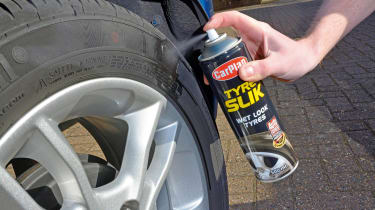 Car tyre shine