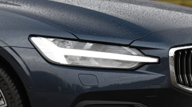 Volvo V60 - headlight