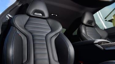 BMW M440i xDrive - seats