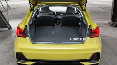 Audi A1 - leak boot seats down