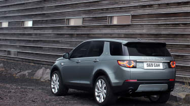 Land Rover Discovery Sport tailgate