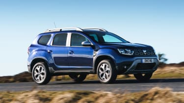 Dacia Duser 4x4 - front action