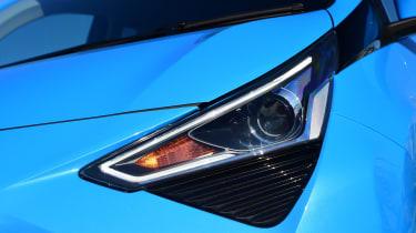 Toyota Aygo - Headlight