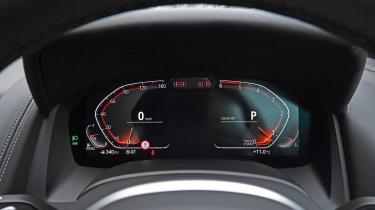 BMW 8 Series digital dials