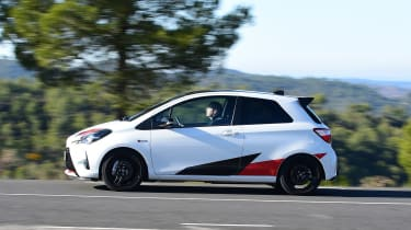Toyota Yaris GRMN - side