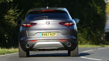 Alfa Romeo Stelvio - rear action