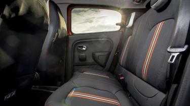 Renault Twingo GT - rear seats
