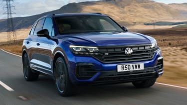 Volkswagen Touareg R - front tracking