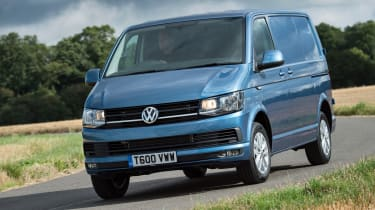 VW Transporter Highline corner