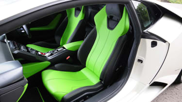 New Lamborghini Huracan seats