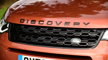 Land Rover Discovery Sport D180 first report - grille