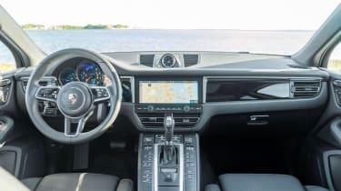 Porsche Macan 2.0 2021 - interior